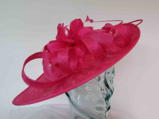 Oval hatinator with flower in hot pink