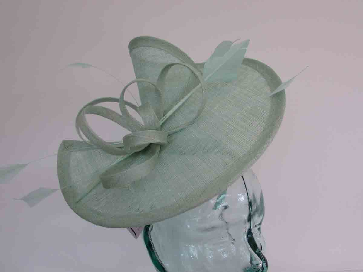 Sinamay fascinator with diamond quill in mint