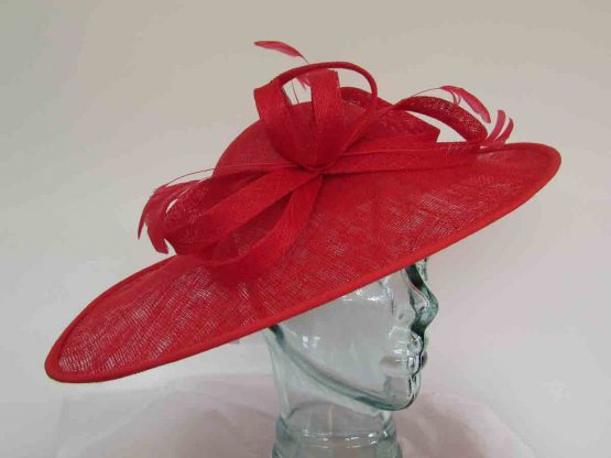 Oval hatinator with sinamay bow in red