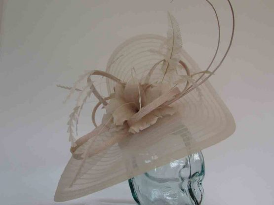 Pleated crin fascinator with feathered flowers in champagne