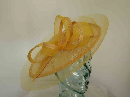 Oval hatinator with crin brim in sunflower yellow