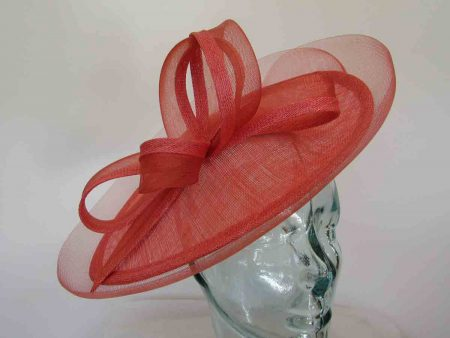 Oval hatinator with crin brim in tangerine