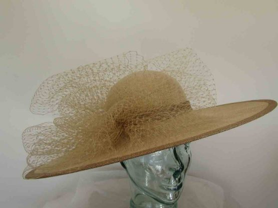 Large circular hatwith netting in metallic latte