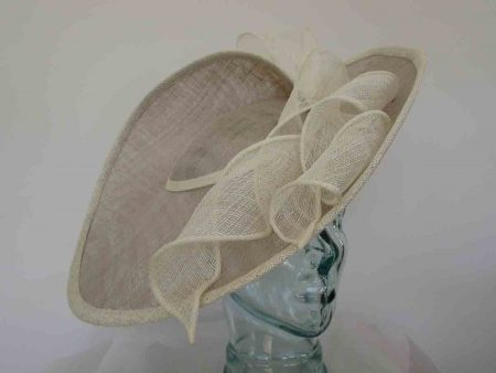 Large three quarter brim hatinator in almond and ivory