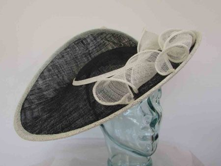 Large three quarter brim hatinator in black and ivory