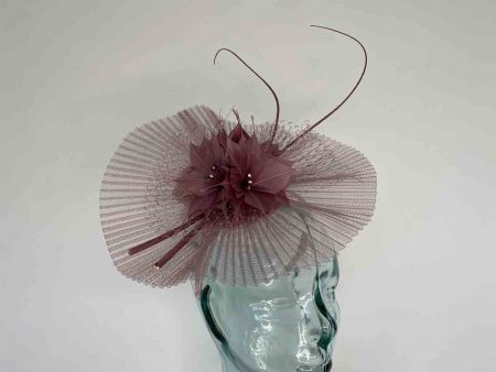 Pleated crin fascinator in rose pink