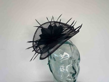 Sinamay fascinator with feahered flower in black