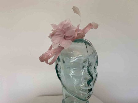 Sinamay looped fascinator with feathers flower in pink lurex