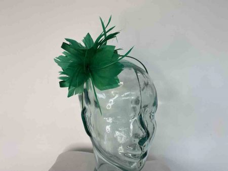 Satin fascinator with feathers flower in emerald green