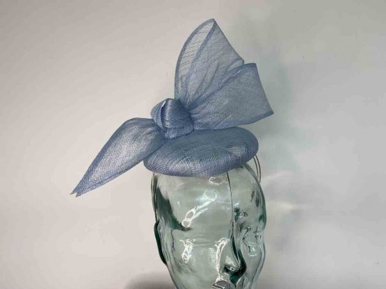 Pillbox fascinator with single bow in powder blue