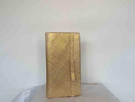 Sinamay bag in metallic gold