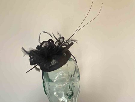 Pillbox fascinator with double quill in navy